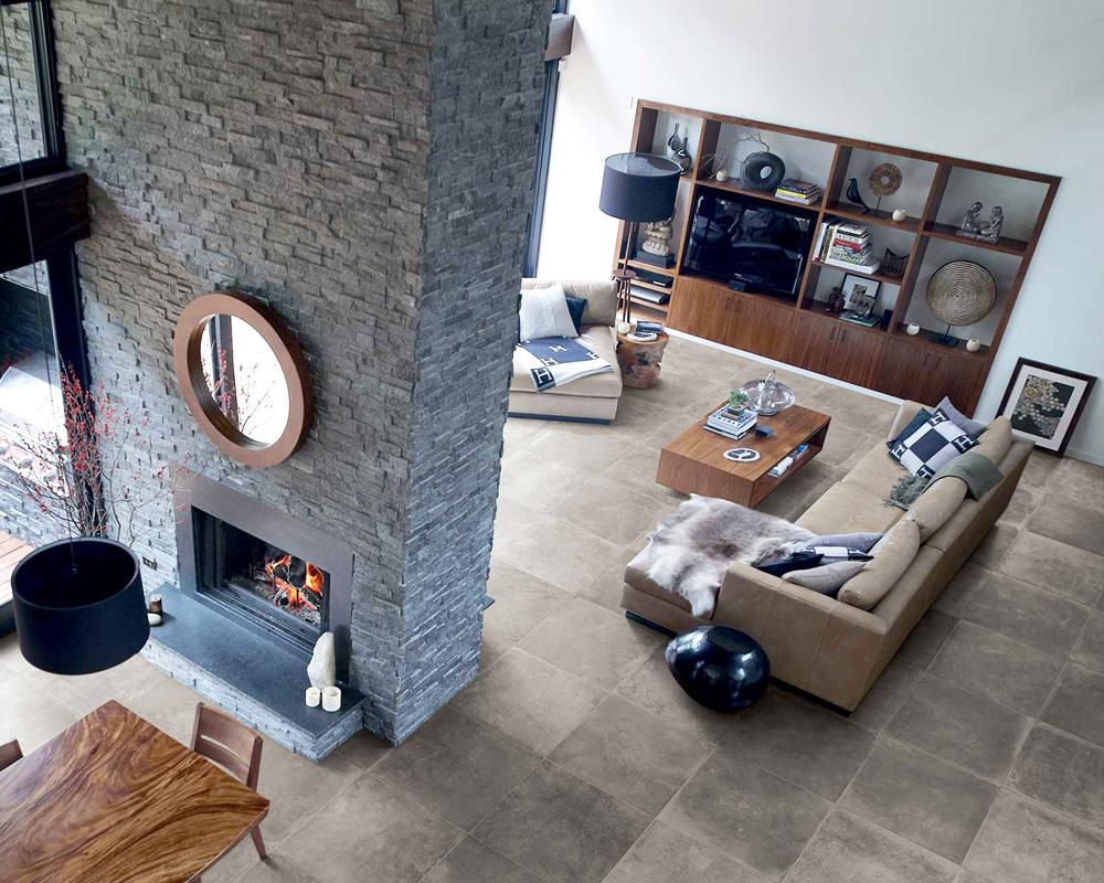 Sind Sie auf der Suche nach Fliesen für Ihr Wohnzimmer? Bei uns finden Sie Wohnzimmerfliesen für einen gemütlichen und stillvollen Wohnraum. Entdecken Sie bei Fliesen SCHÄTZ Bodenfliesen und Wandfliesen zur Verschönerung Ihres Wohnzimmers. Lassen Sie sich in unserer großen Fliesenfachausstellung von aktuellen Wohnideen inspirieren. Wir beraten Sie gerne umfassend bei Ihrer Raum- und Bodengestaltung.