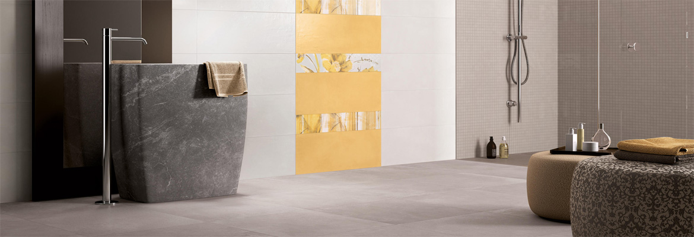 Unser erfahrenes Fliesenlegerteam verlegt fachmännisch Ihre Keramikfliesen, Steinfliesen, Zement- und Jugendstilfliesen, Großformat-Fliesen, Glasmosaik, Feinsteinzeug, Naturstein sowie Mosaik, Dekor und Bordüren in allen Formaten und Variationen in höchster Qualität im Innen- und Außenbereich. Mit größter Präzision und Sorgfalt realisieren unsere Fliesenleger zuverlässig und rasch Ihre Renovierungsmaßnahme, komplette Sanierung oder Ihren Neubau. SCHÄTZ Fliesenverlegung ist Ihr Partner für die Verlegung von Wandfliesen und Bodenfliesen.